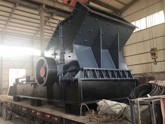 液壓開箱(xiang)制砂機